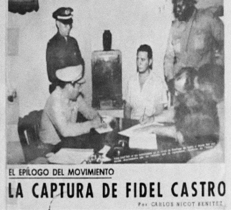 """Fidel Castro vytvořil už dříve skupinu nazvanou Hnutí, ve které spojoval odpůrce kubánského vojenského vůdce a prezidenta Fulgencia Batisty. První pokus o puč v červenci 1953 ale selhal a Castro byl zadržen. Před soudem pronesl plamennou čtyřhodinovou obhajobu. Řeč dodnes známou jako """"Historie mě osvobodí"""" (La historia me absolverá), která se později stala manifestem Castrova Hnutí 26. července. Zvláštností je, že Castra a další rebely o dva roky později amnestoval sám Batista."""