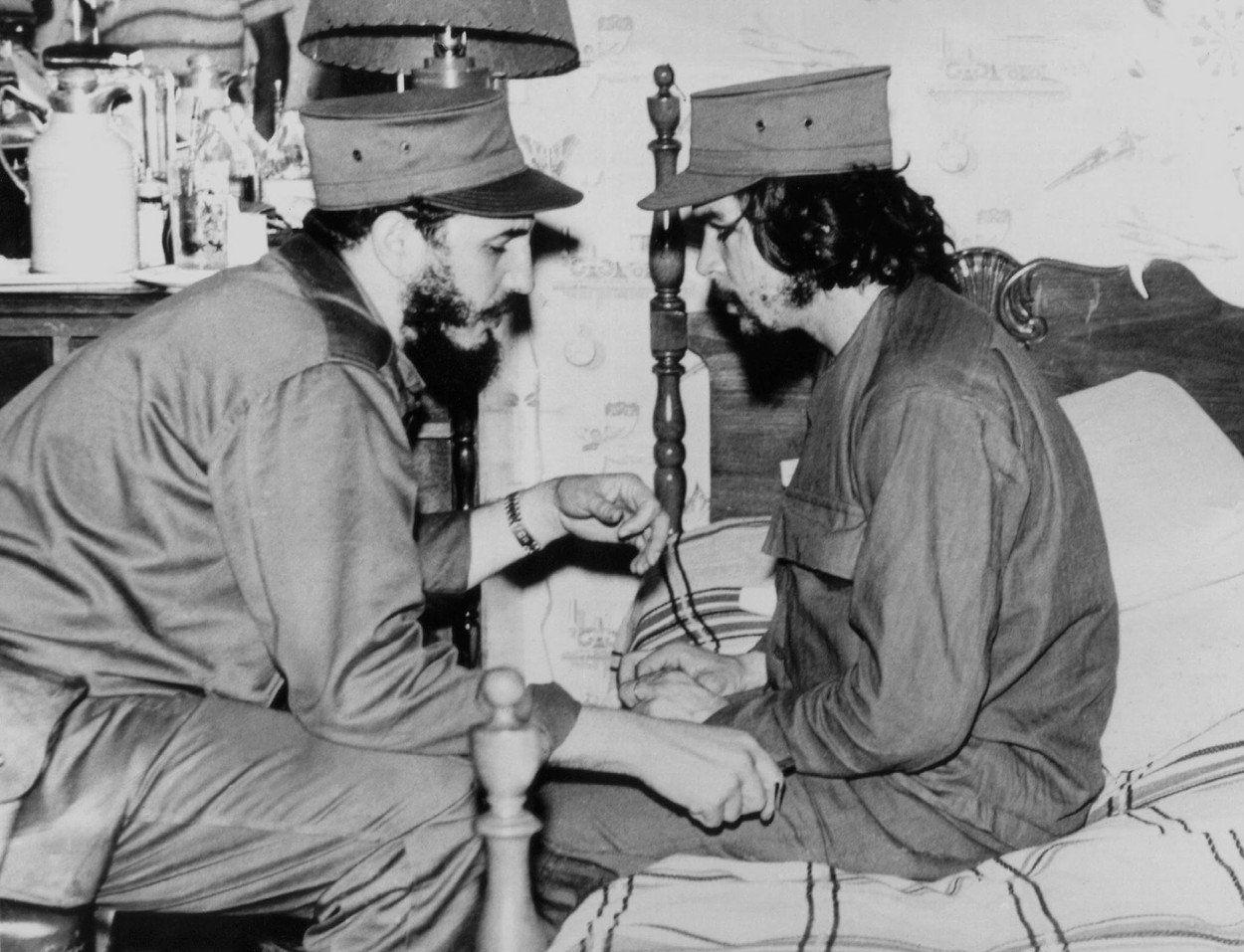 Fidel Castro se mu to v případě některých zemí (zejména u osudové Bolívie) snažil marně rozmluvit.