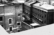 Jednou zmoskevských věznic, kde byl vězněn František Polák, byla Butyrská věznice, zvaná Butyrka. Největší věznice v Moskvě využívaná jako tranzitní pro odsouzence před odesláním na místo výkonu trestu.