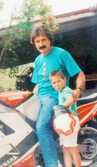 Paolo Simoncelli zálibu svého syna podporoval.