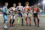 "Italští ""mušketýři"" v MotoGP Léta Páně 2010: zleva Loris Capirossi (Suzuki), Marco Melandri (Honda), Valentino Rossi (Yamaha) a Marco Simoncelli (Honda)."