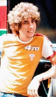 Talentovaný jezdec se postupně vypracovával, v roce 2002 se stal evropským šampionem v kubatuře do 125 ccm.
