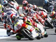 V sezoně 2009 Simoncelli pokračoval ve třídě do 250 ccm.