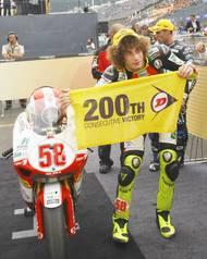 Následující rok přešel do kubatury do 250 ccm. Závodil za tým Metis Gilera.