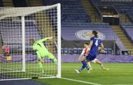 Lukáš Provod dává gól v odvetě 2. kola Evropské ligy Leicester - Slavia