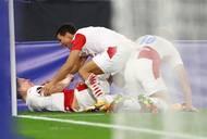 Červenobílé poslal proti anglickému mistrovi z roku 2016 do vedení ve 49. minutě Lukáš Provod.