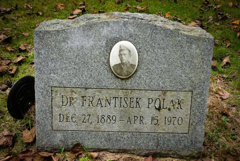 František Polák byl pohřben na Riverside Cemetery v Coxsackie, New York, USA.