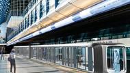 Studentka čerpala inspiraci z moderní architektury, skleněných budov a estetických prvků, které jsou jednoduché, ale zároveň originální. Zde například použila existující stanici metra Rajská zahrada na lince B.