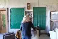 Hana Krejčová tu zařídila i více osobní místnost, ve které lidi nechává nahlédnout do své zpovědi.