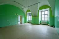 """I když interiéry vypadají místy jako ze """"Šmoulova"""" nebo Alenky v říši divů, stěny podle Kočího půjdou vrátit do původní podoby."""