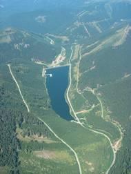 Elektrárna na území CHKO Jeseníky má většinu provozních objektů schovaných pod zemí.