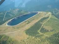 Přečerpávací elektrárny obecně patří k nejsložitějším vodním dílům a slouží jako obrovské akumulátory. V energetické soustavě mají funkci jak při využití přebytku energie, která se pak používá pro přečerpání vody z dolní do horní nádrže, tak v období jejího nedostatku, kdy elektřinu vyrábějí a prodávají za vyšší cenu.
